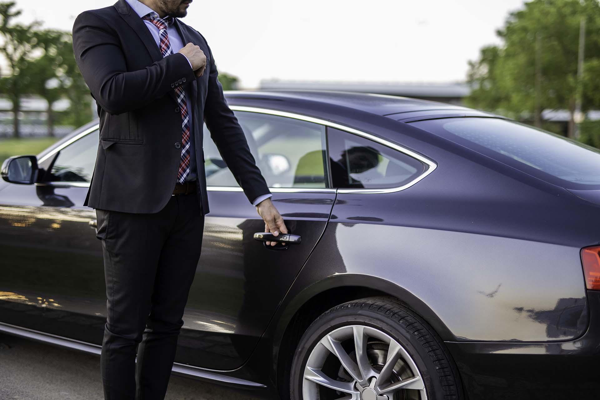 Quels sont les avantages d'acheter une voiture chez un pro